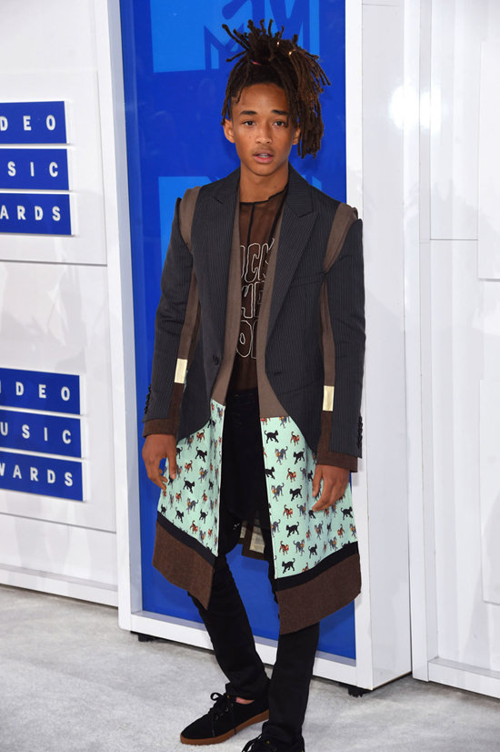 Jaden-Smith-2016-MTV-Video-Music-Awards-Red-Carpet-Fashion-Undercover-Tom-Lorenzo-Site-4