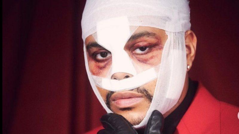 The Weeknd Hadir Di AMAs dengan Kepala Berbalut?